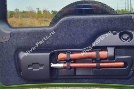 Топор с лопатой в багажник Chevrolet Niva (Футляр)
